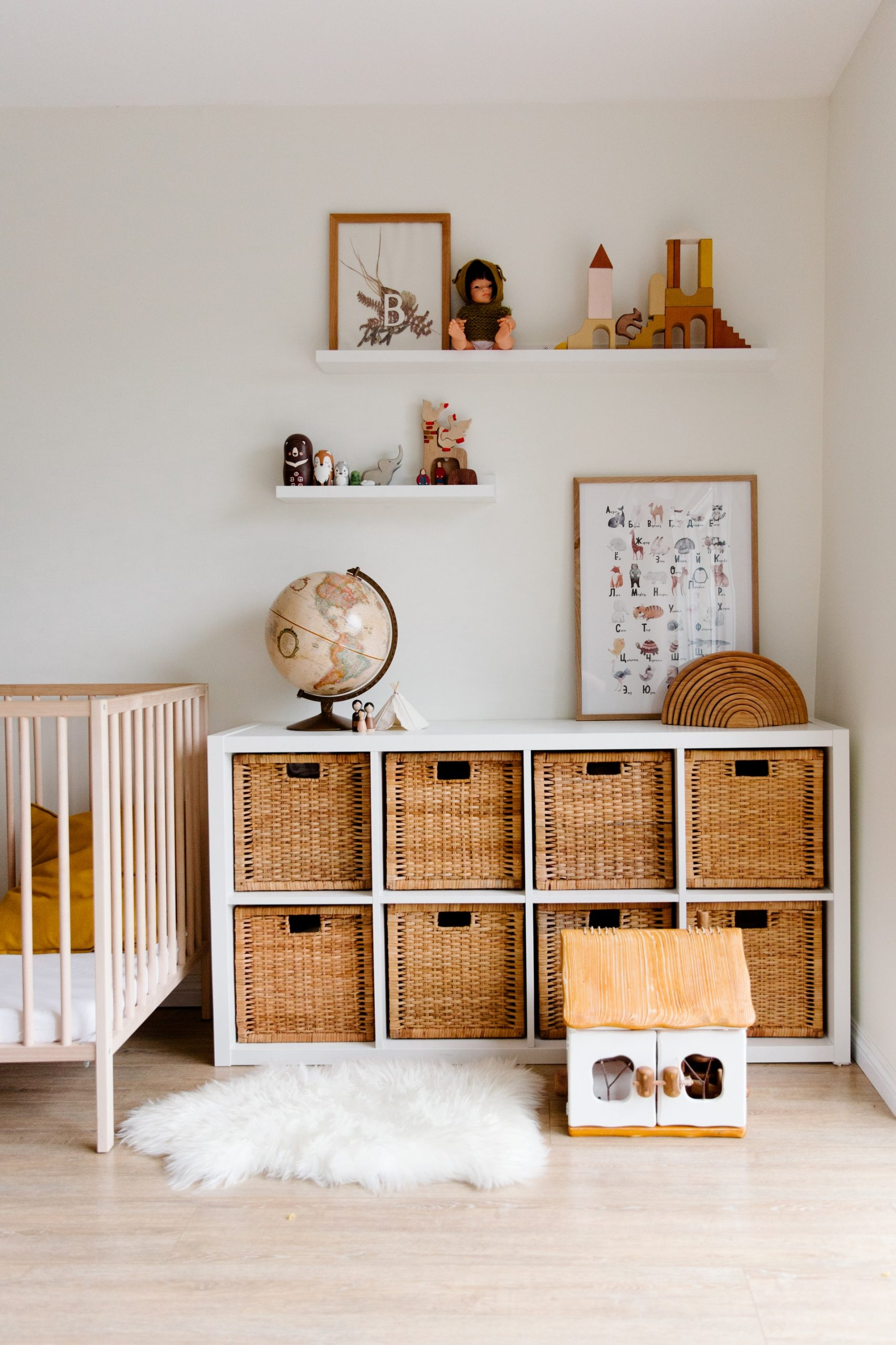 Kids bedroom and nursery organization and storage